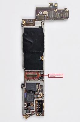 CONNECTEUR NAPPE DE CHARGE iphone 4